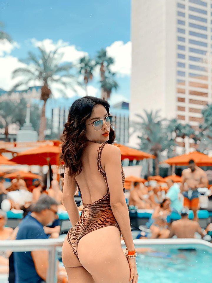 Chán khoe ngực, Phương Trinh Jolie lại 'đốt mắt' khán giả khi diện bikini khoét sâu ngay vùng nhạy cảm - Ảnh 6