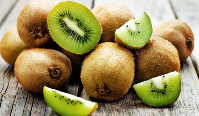 Các loại trái cây giàu vitamin C giúp bé tăng sức đề kháng ảnh 4