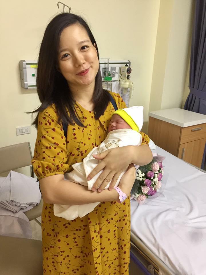 Học hot mom Minh Trang kinh nghiệm hút và trữ sữa mẹ hiệu quả, tiện lợi ảnh 2