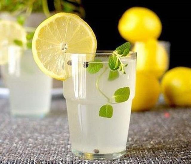 Uống nước dừa vào mỗi buổi sáng, bạn sẽ không bao giờ biết đến lão hóa da, mụn nhọt hay thâm nám ảnh 3
