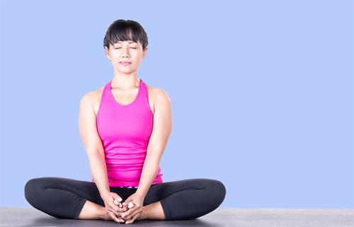 Những tư thế yoga cực đơn giản tại nhà giúp tăng khả năng thụ thai, chị em không thể bỏ qua ảnh 3