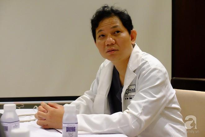 Vụ người phụ nữ chết vì gọt cằm: Bác sĩ đã rời đi lúc bệnh nhân nguy kịch ảnh 2